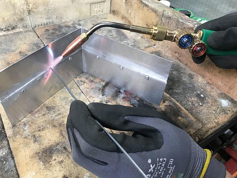 Extrem Weichlöten von Aluminium mit Propan | Flüssiggas Magazin KE55